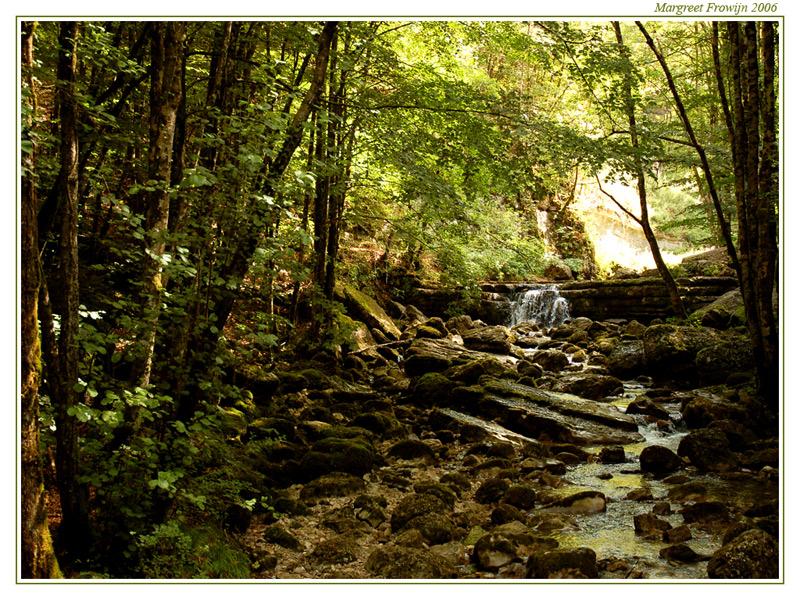 rivier, riviertje, beek, beekje, waterval, watervallen van Hérisson in de jura in frankrijk, free wallpaper, wallpapers, gratis achtergrond, achtergronden